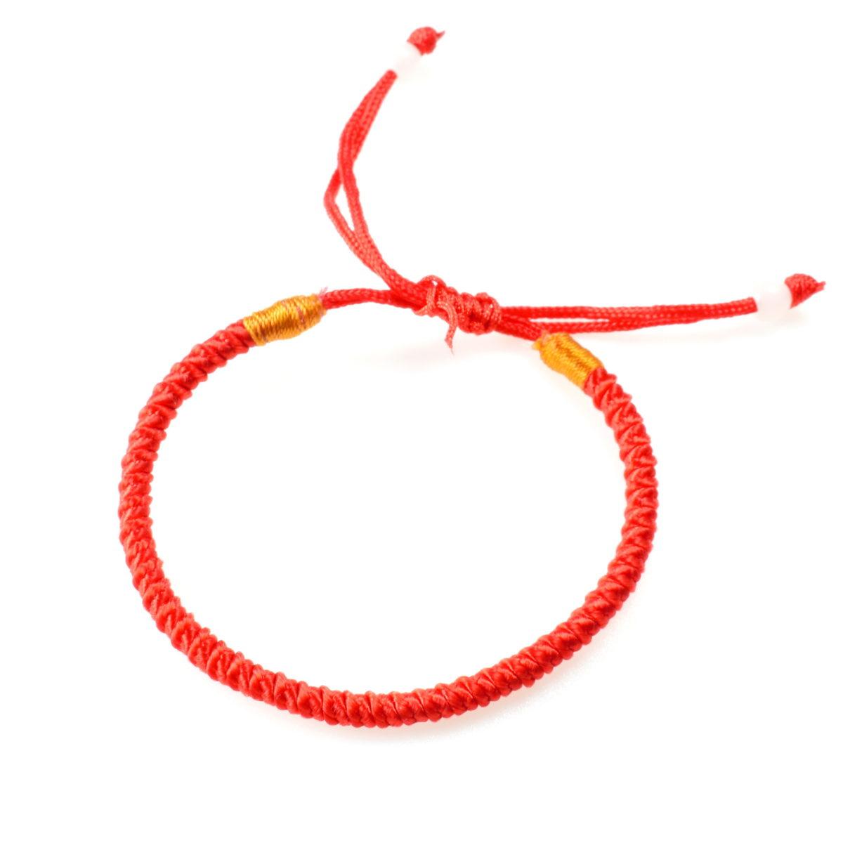 Плетеный красный браслет регулируемый
