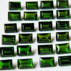 Огранка ювелирных камней Багет - зеленый изумруд