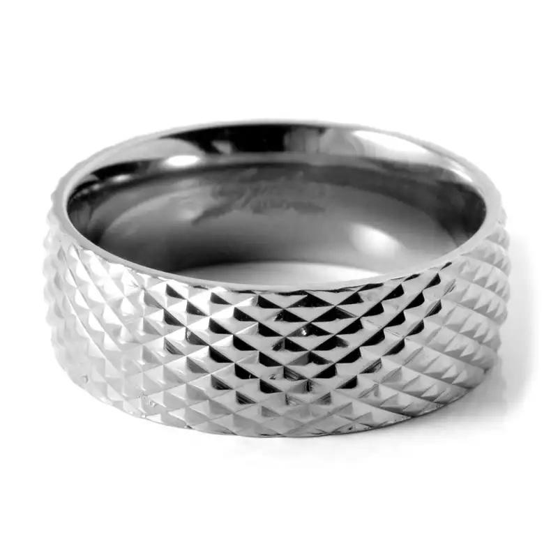 Серебристое кольцо Спайкс
