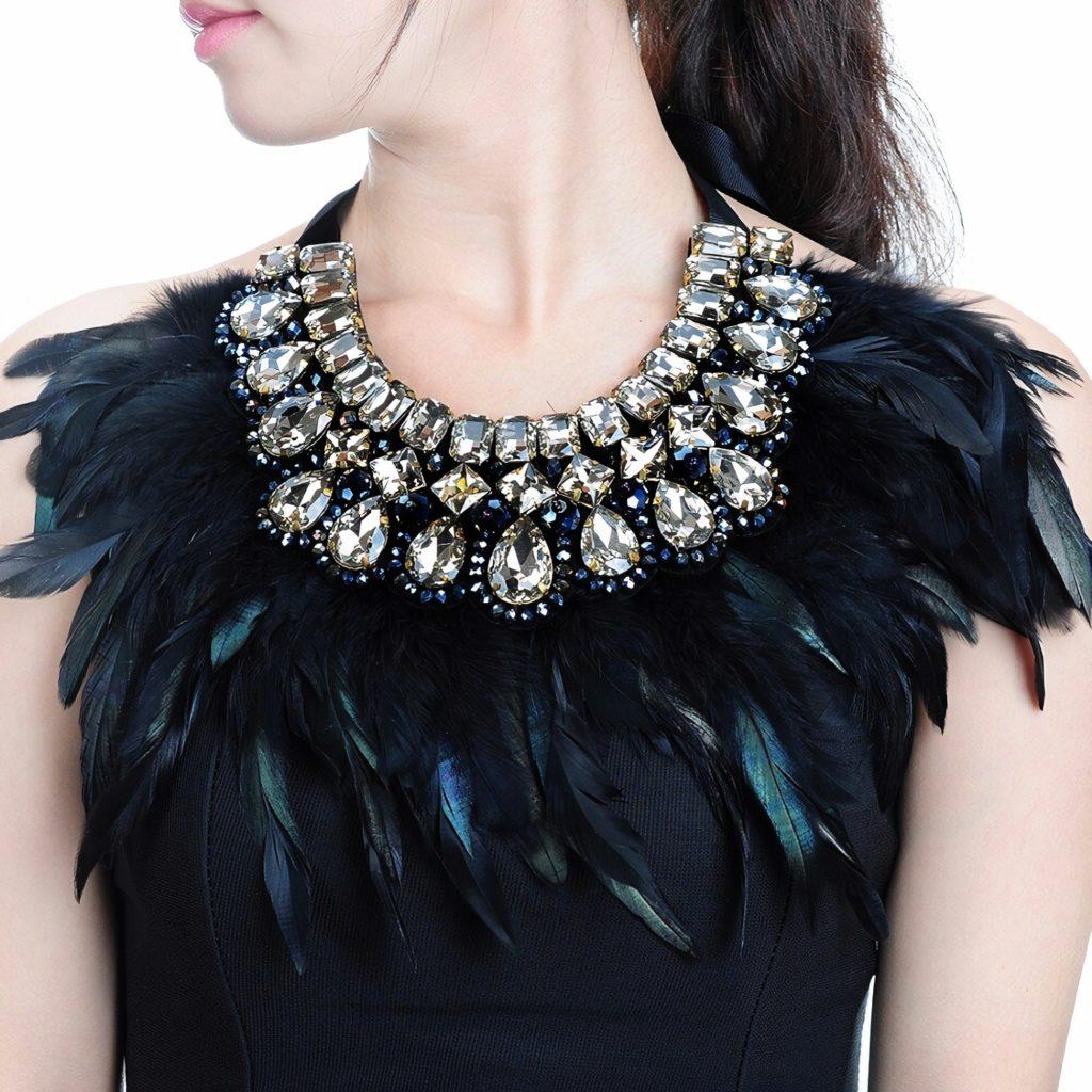 Женское украшение на шею Биб