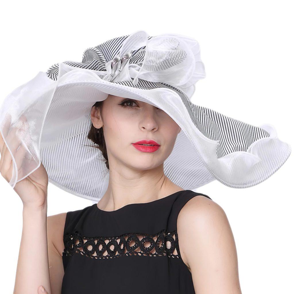 Красивая женская шляпка