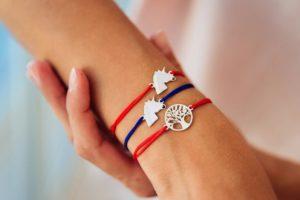 Талисман Красная нить на руке