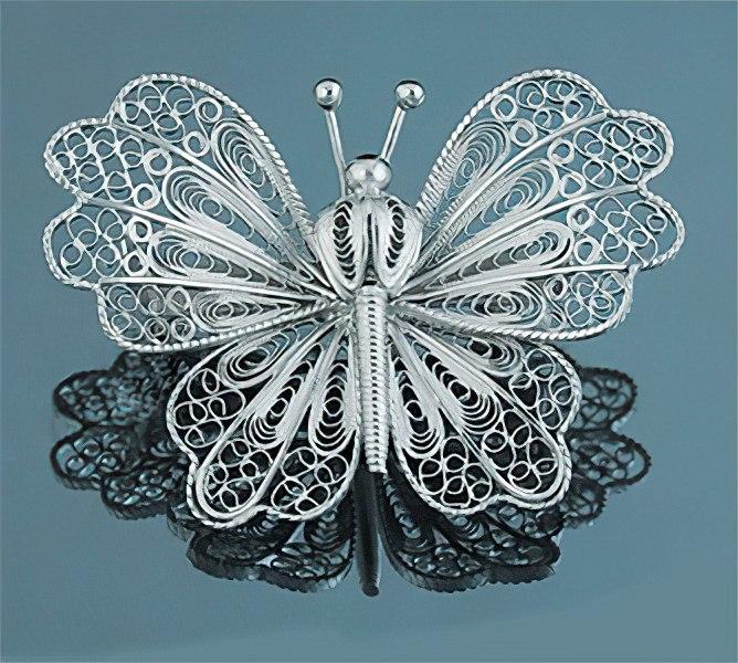 Брошь из серебра - бабочка