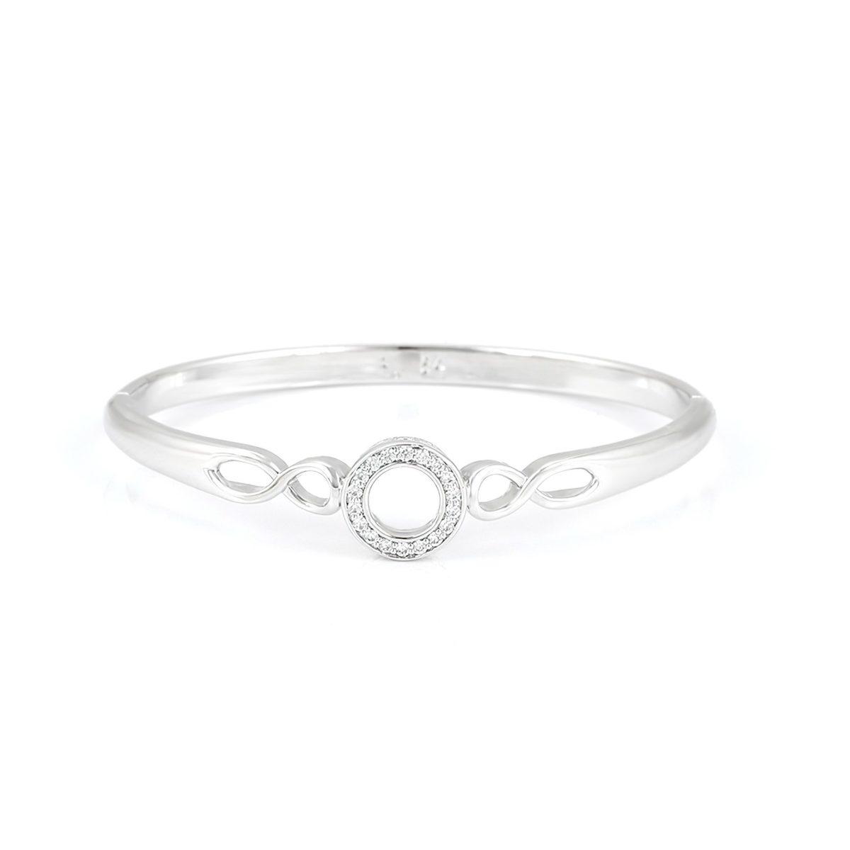 Стильный женский браслет с кристаллами