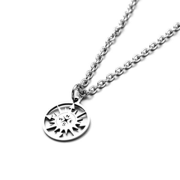 Кулон серебристый компас